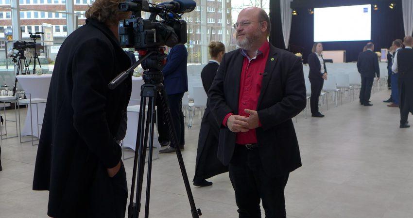 WDR interviewt Rolf Fliß zur Messeertüchtigung